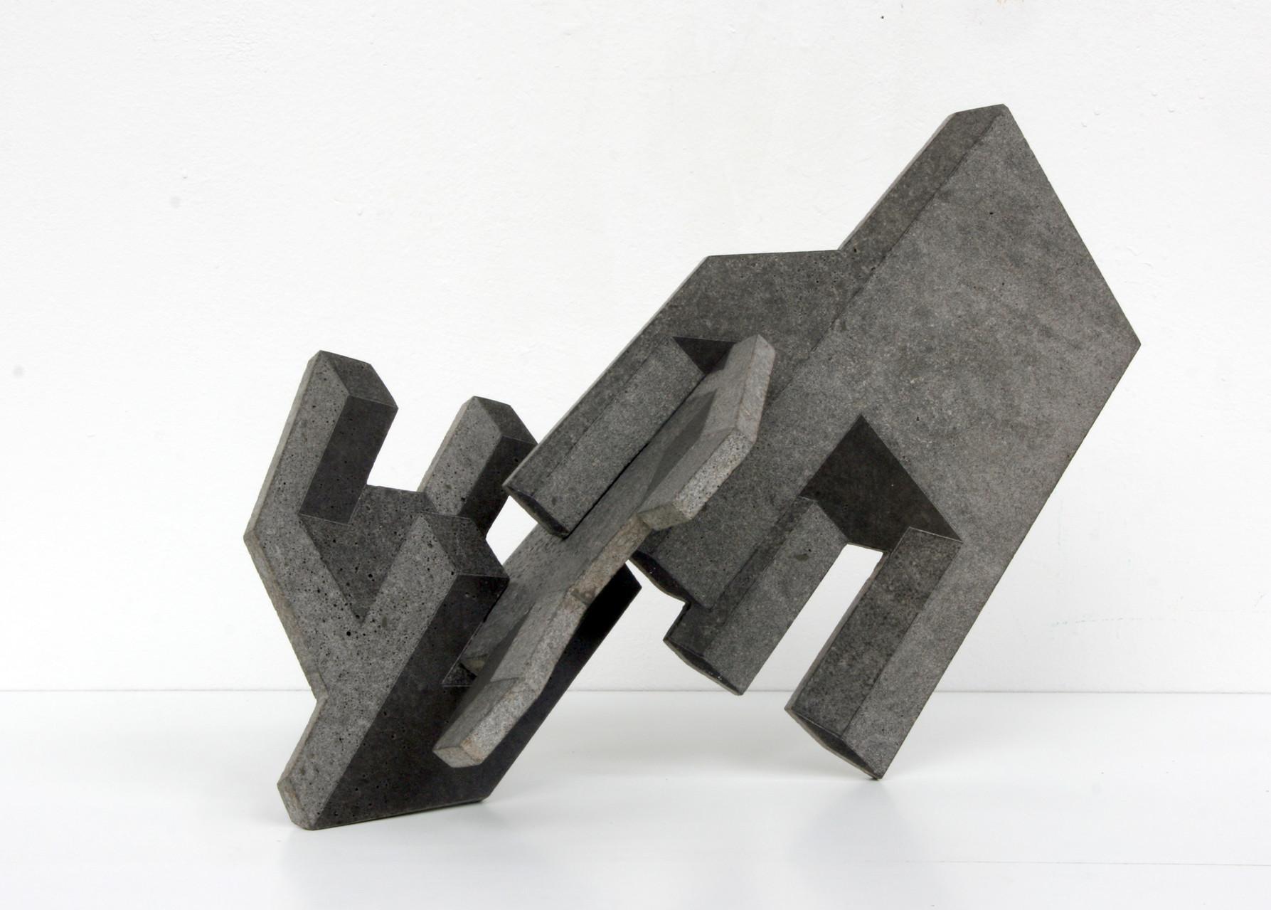 """Drei Stühle"" Beton / Gravur, 30 x 30 x 30, 2010"