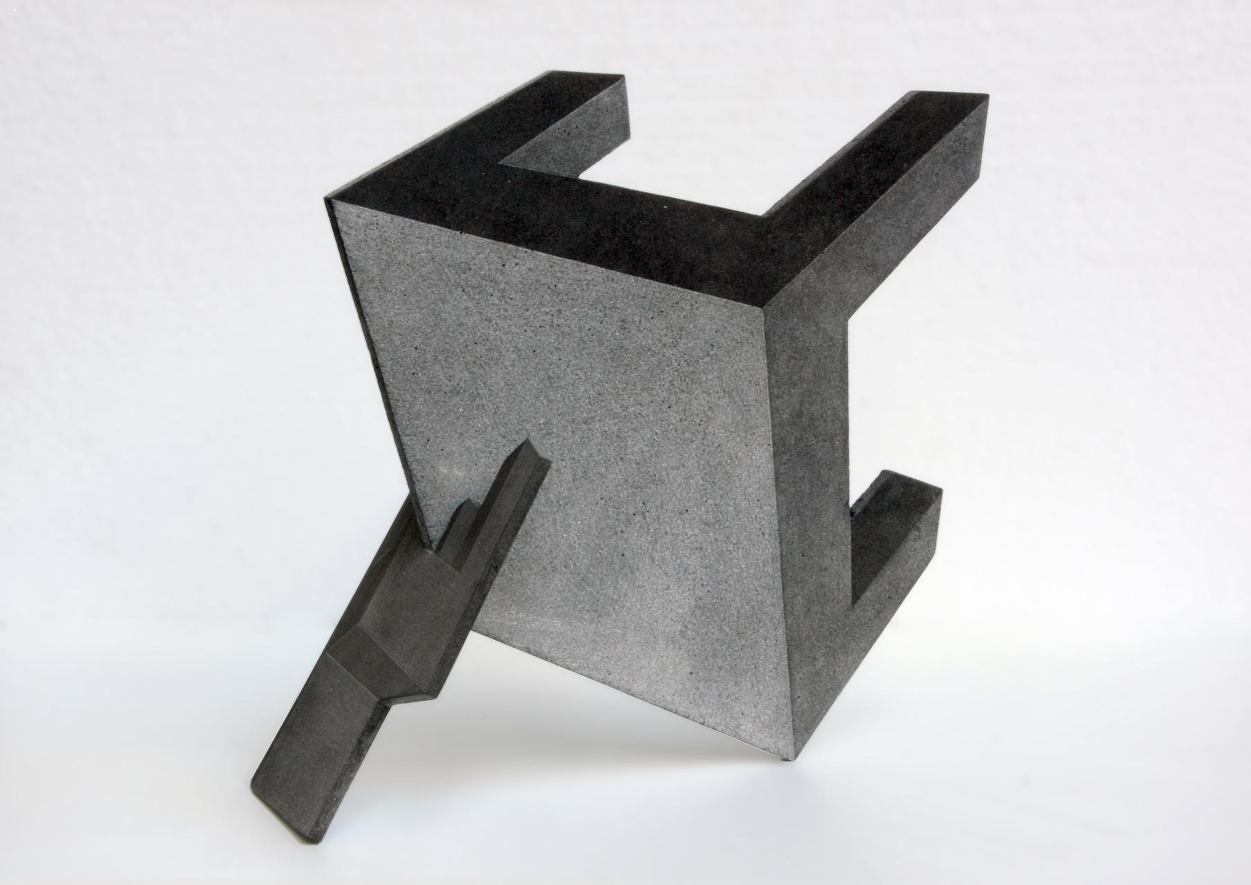 """Tisch + Stuhl, Beton / Gravur, 46 x 46 x 20, 2010"
