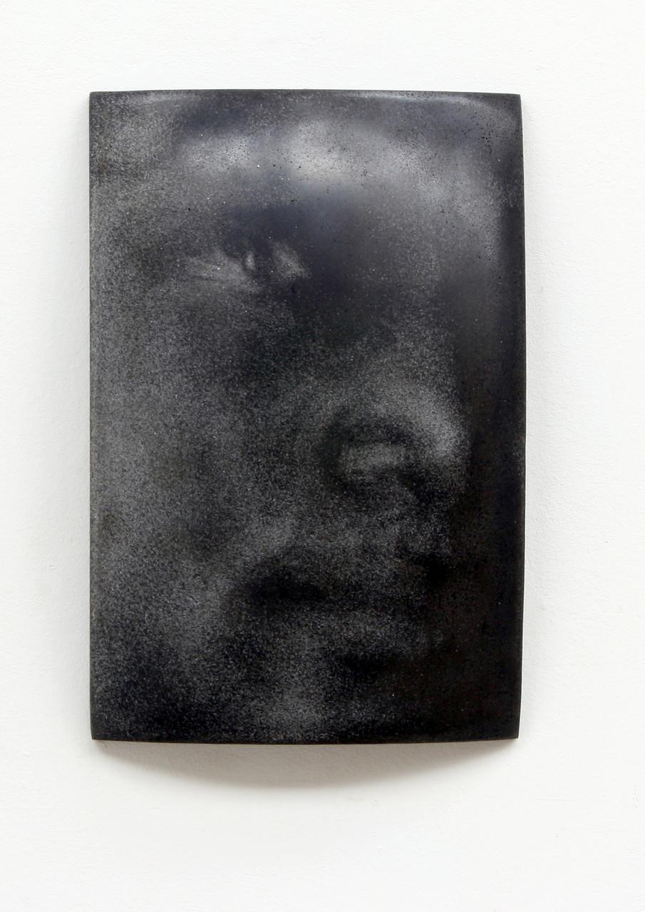 """Ndidi"", Beton/Gravur, 36 x 24 x 9,  2008"