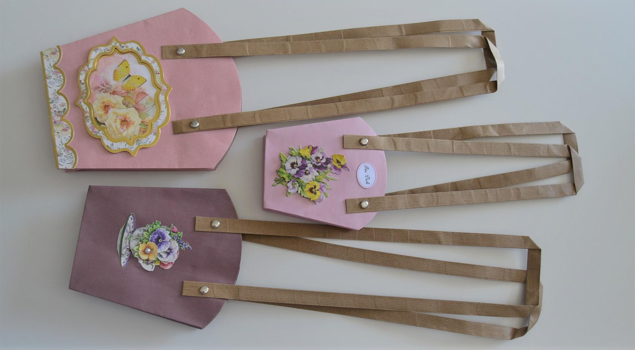 Geschenk-Taschen für Pflanzen in drei verschiedenen Größen und verschiedenen Farben.