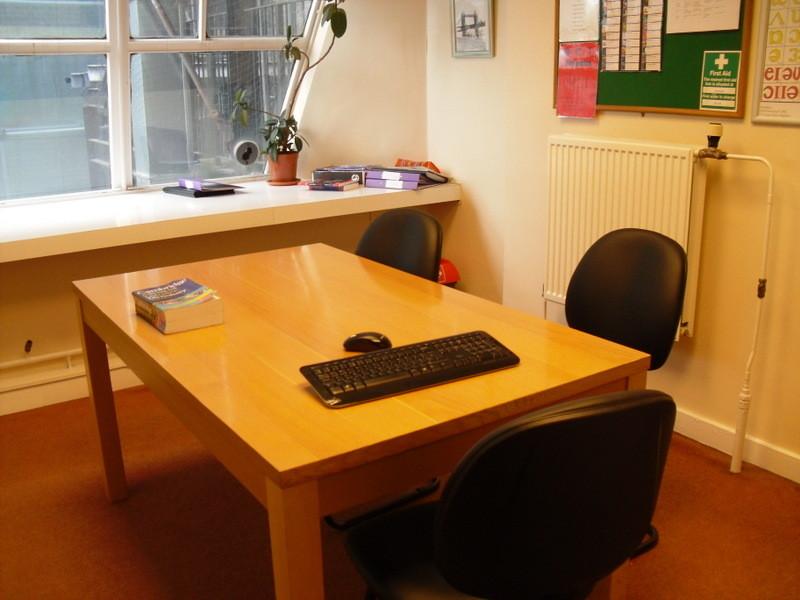 ロンドンのメイン校の教室8