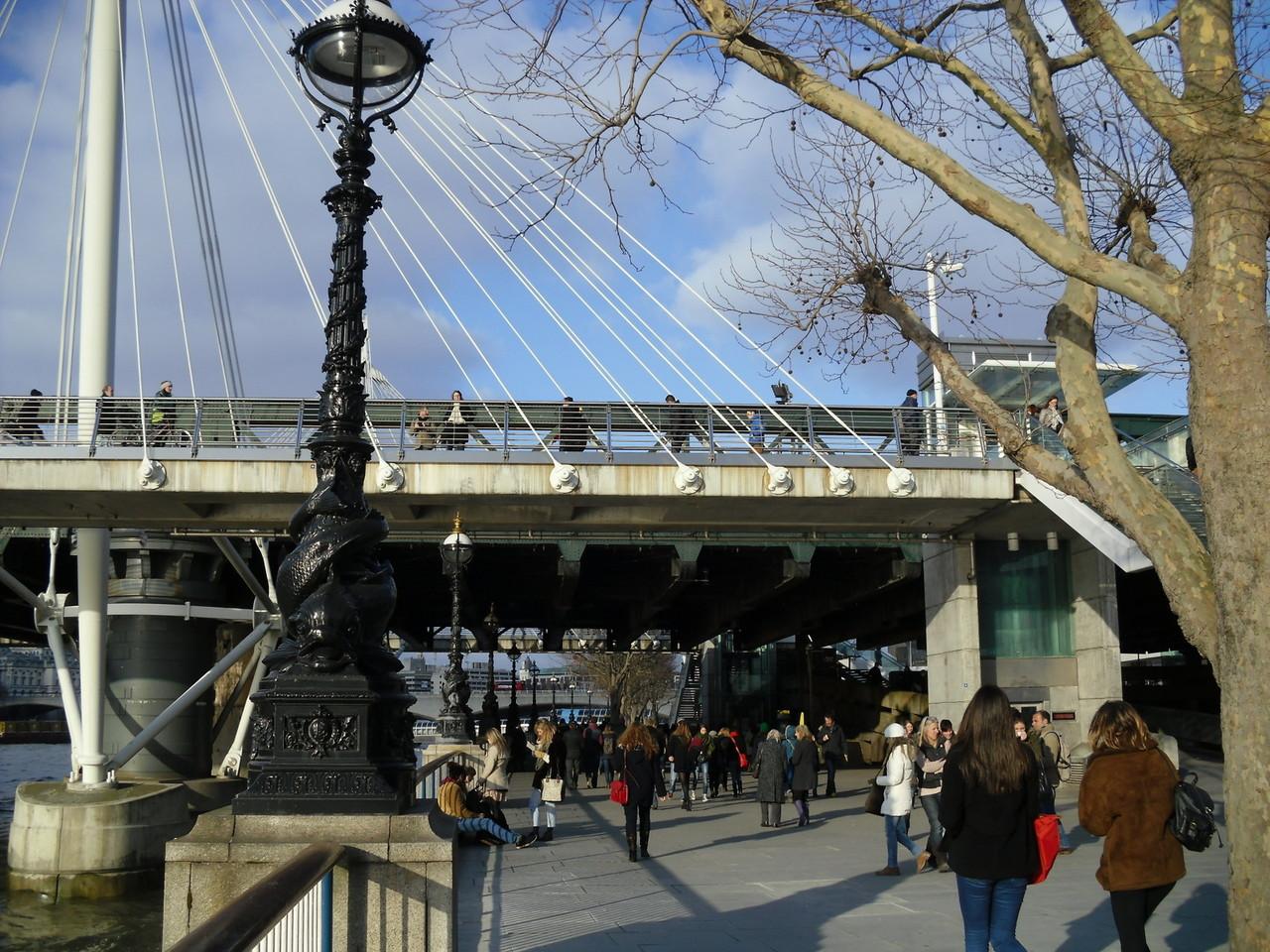 フェスティバルホールからロンドン・アイまでのサウス・バンク散歩道4
