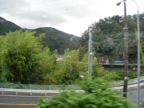 JRワイドビュー飛騨からの山あいの景色10