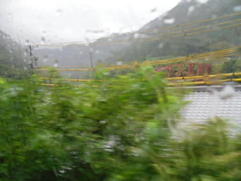 JRワイドビュー飛騨からの山あいの景色2