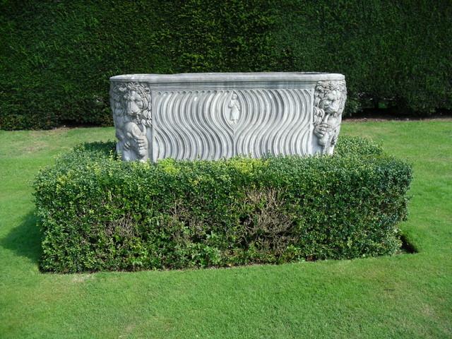 クリブデン・ハウス中庭