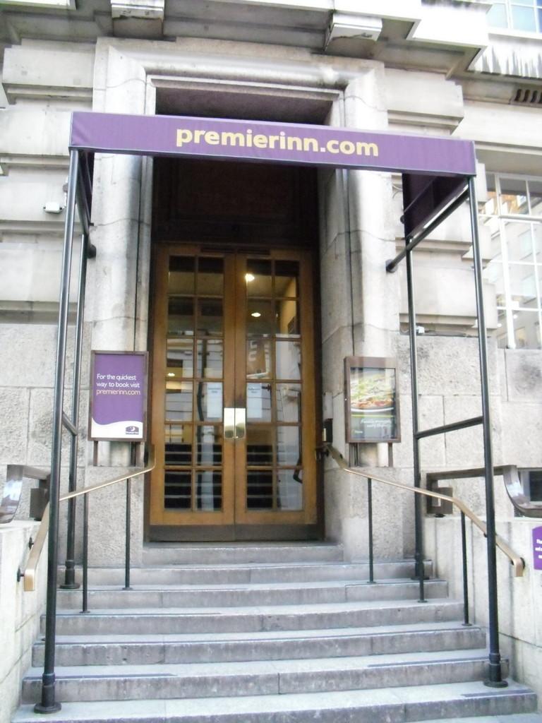 ロンドン・アイ周辺のプレミアロッジ格安ホテルチェーン店3