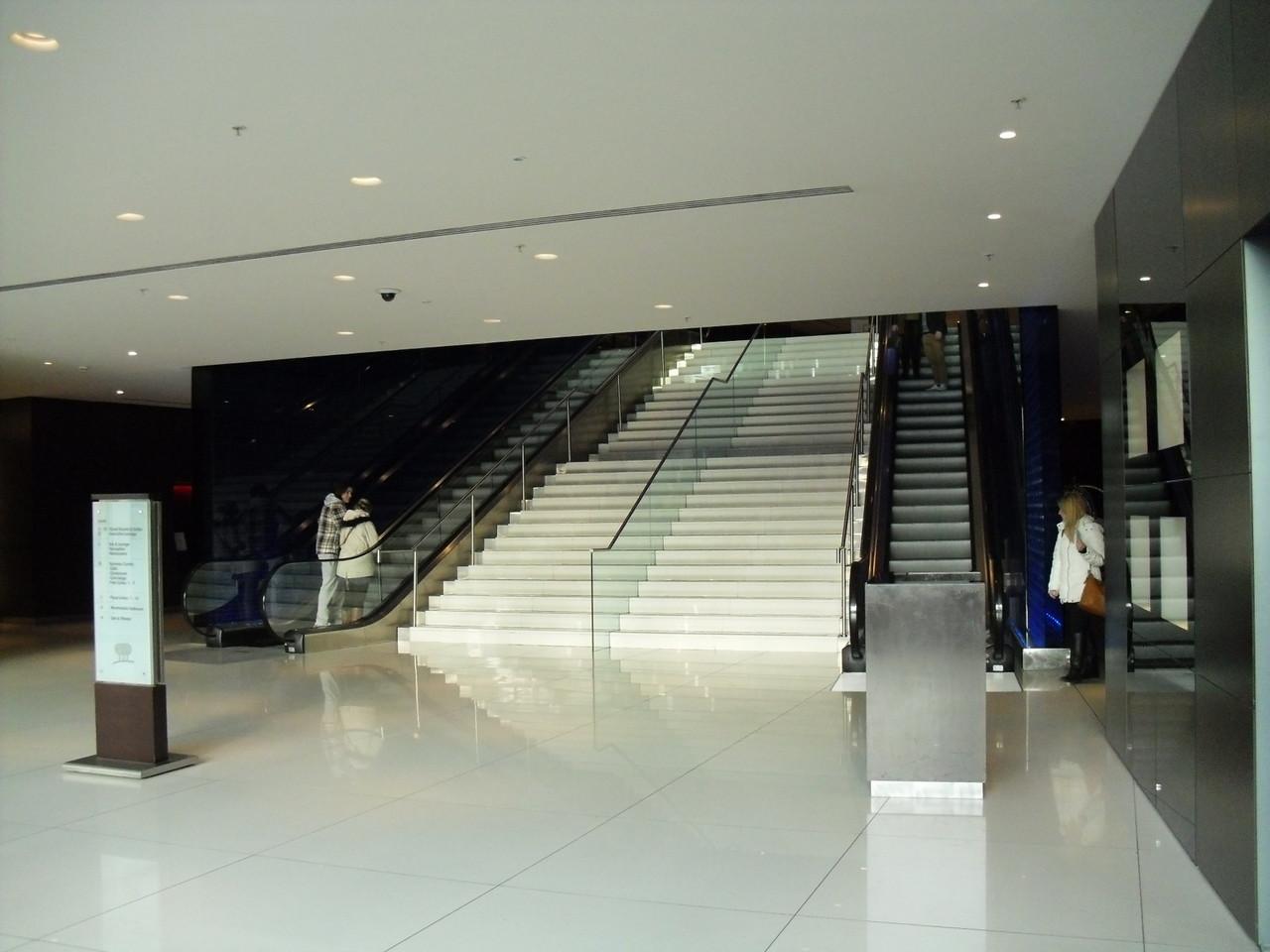 ロンドン・アイ+ウォータールー駅周辺のモダンなパークプラザホテル2