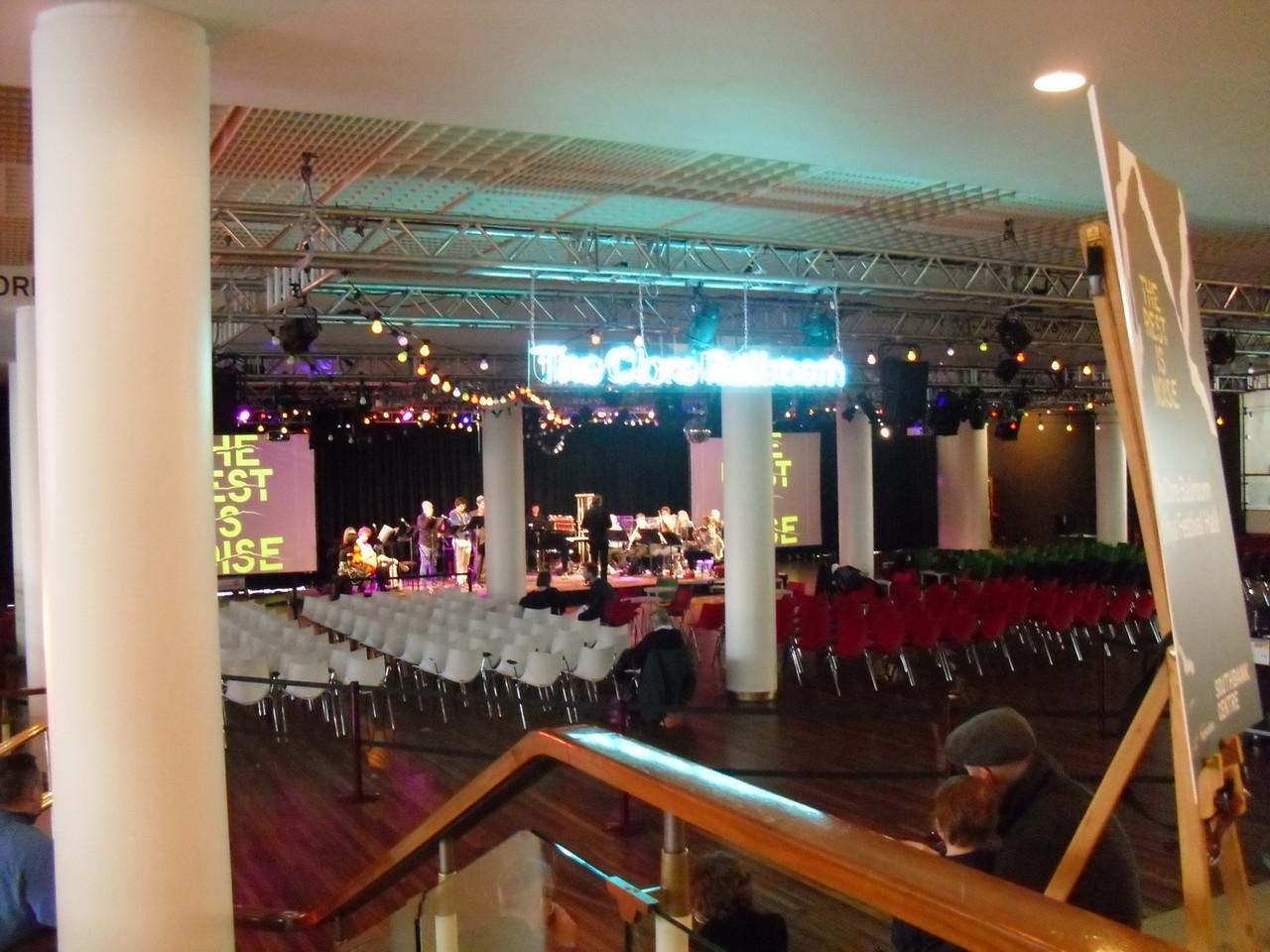 フェスティバルホール内部2