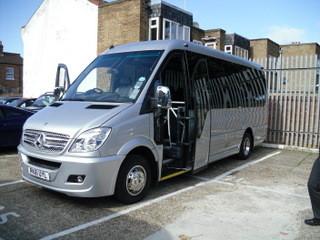 16 sseater mini bus,  16人乗りミニバス2