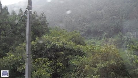 JRワイドビュー飛騨からの山あいの景色1