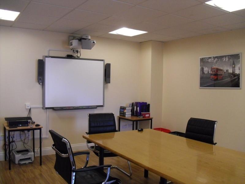 ロンドンのメイン校の教室12