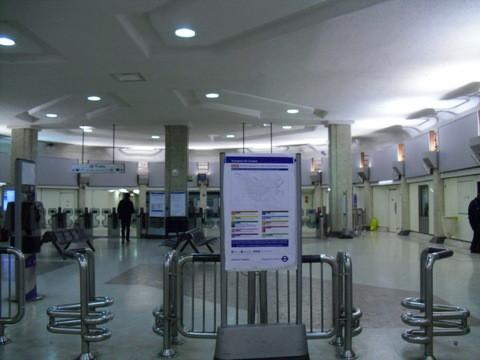 ターミナル4の地下鉄入り口