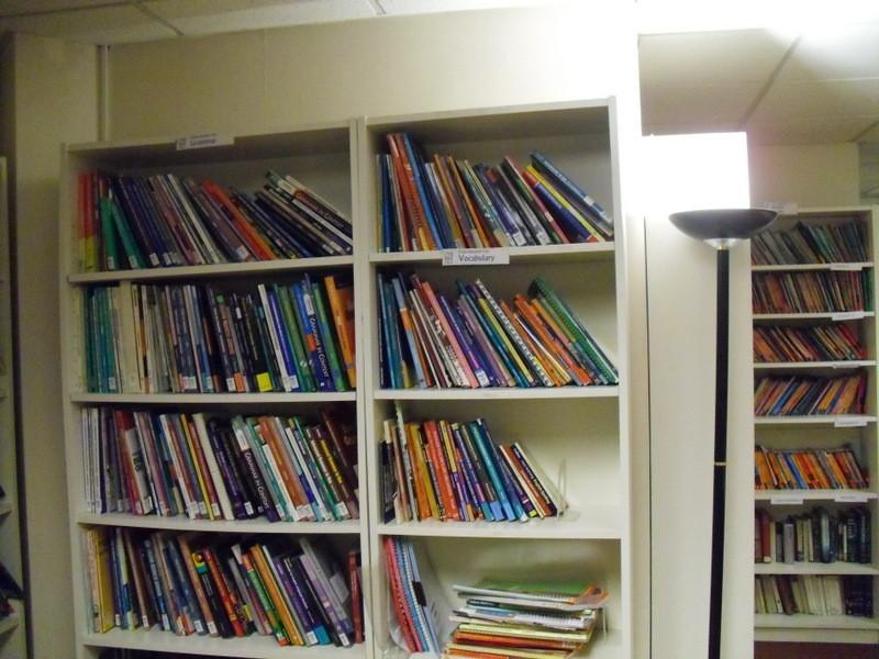 ロンドンのメイン校の図書館2
