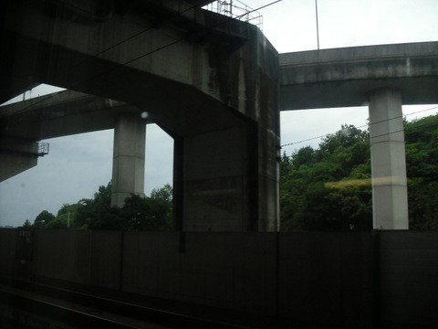 岡山駅から四国の高松に行く電車・車窓からの瀬戸内海の景色2