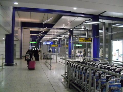 ヒースロー空港ターミナル5地下鉄