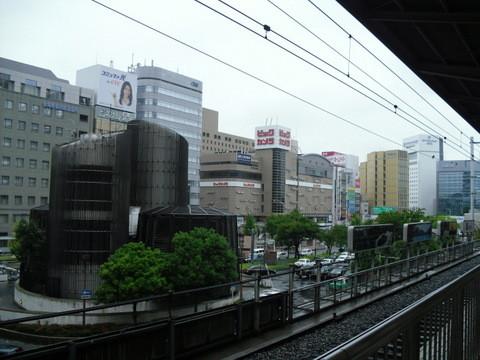 新幹線乗り場名古屋駅車窓