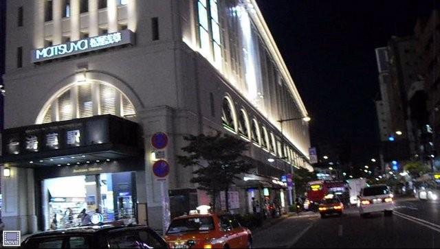 浅草駅前の松屋1