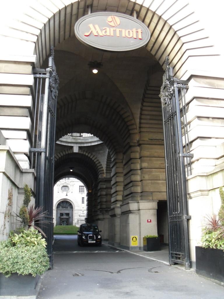 ロンドン・アイ周辺マリオットホテル1