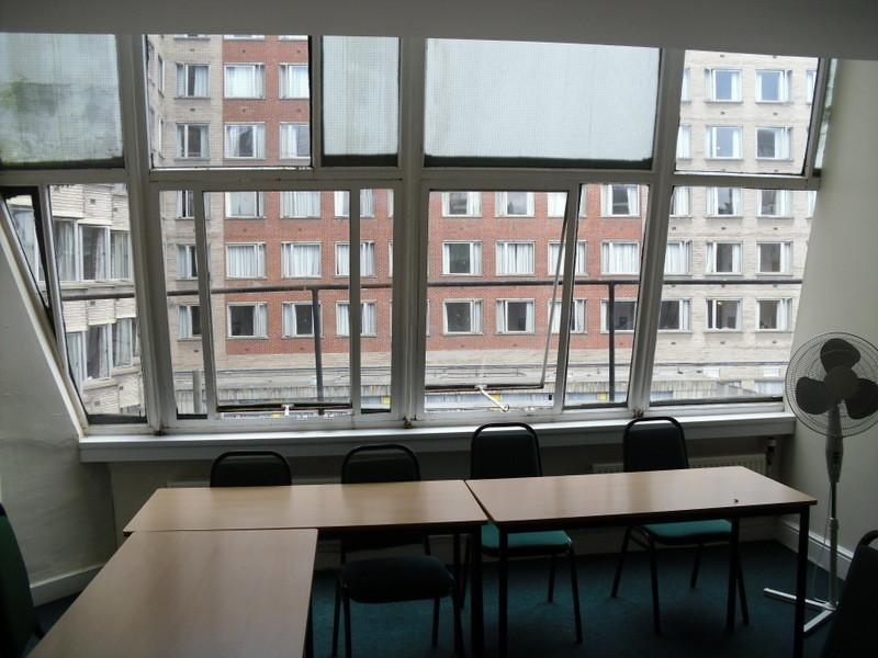 ロンドンのメイン校の教室6