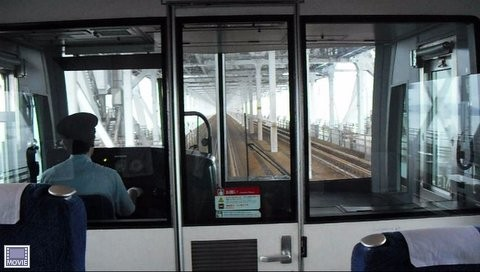 岡山駅から四国の高松に行く電車・車窓からの瀬戸内海の景色6