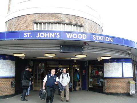 セント・ジョンズウッド駅