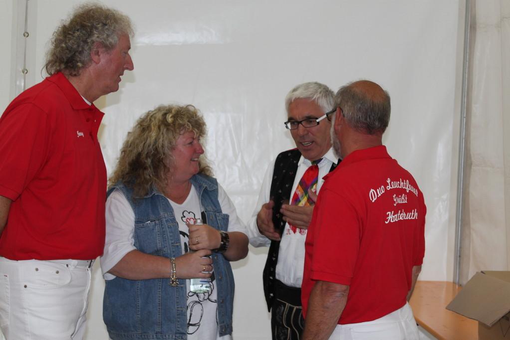 Albin Gross im Gespräch mit Marlen, Georg u. Helmut