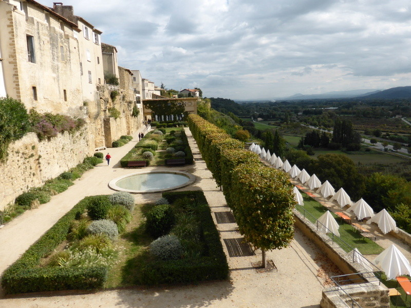 Des terrasses du Château de Lauris, vue magnifique sur la vallée de la Durance