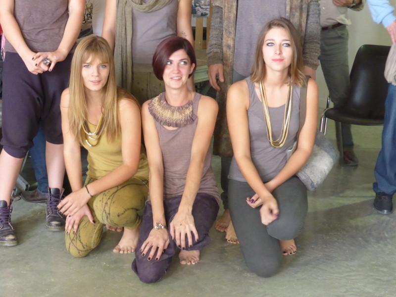 Vêtements/Fanny Lemirre - bijoux/Harumi - accessoires/Marianne Aubry