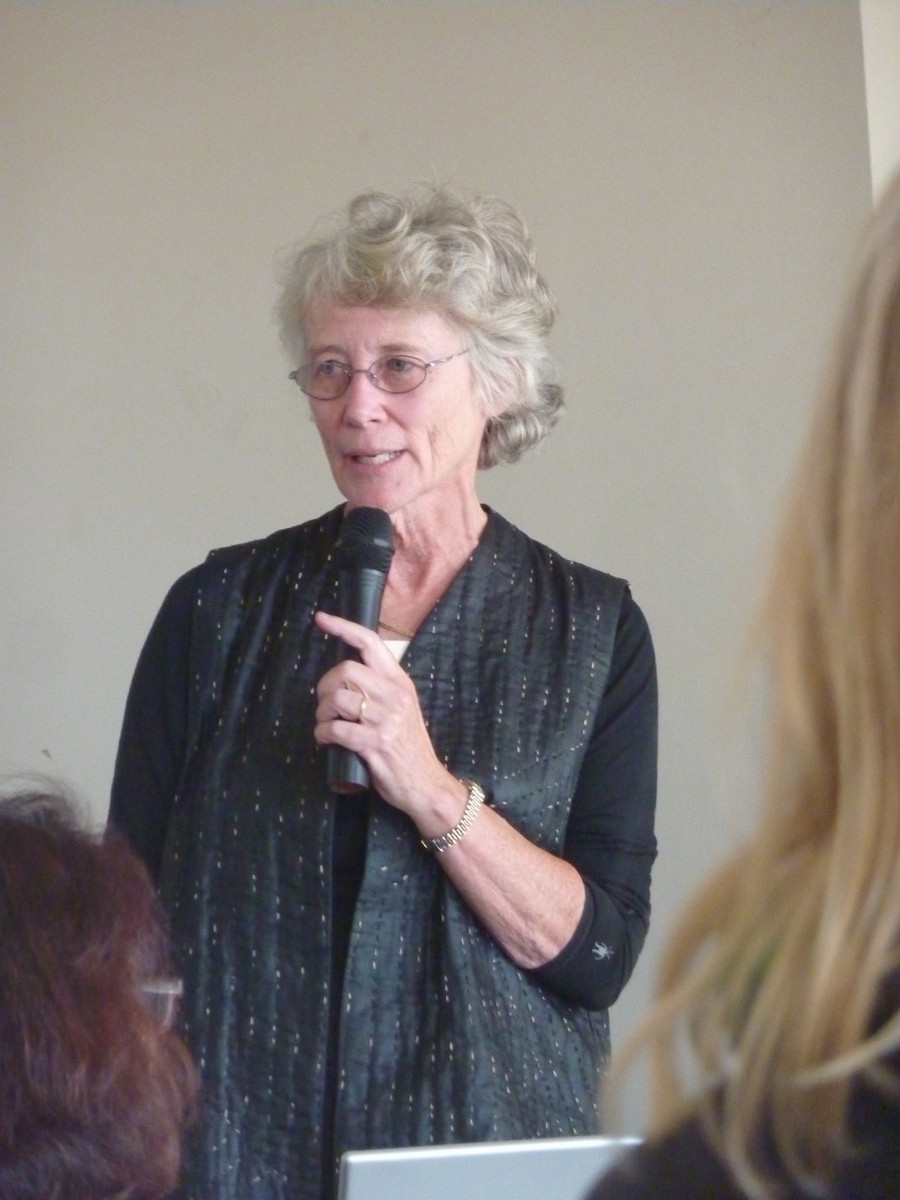 Catherine Ellis (USA): Lichens et laques, Shibori sur fibres multiples
