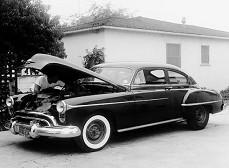 Oldsmobile Deluxe 88 (1951-1953)