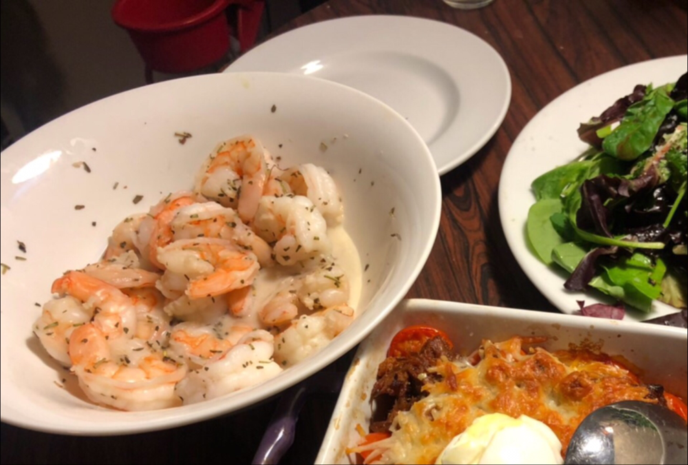 Prepare the shrimp in a microwave-safe bowl like this!
