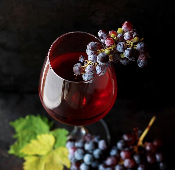 Wein mit allen seinen Facetten