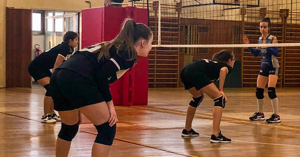 TRA PROTESTE E DISATTENZIONI FATALI, L'U13 SCONFITTA PER 3-0 DALL'EUROVOLLEY