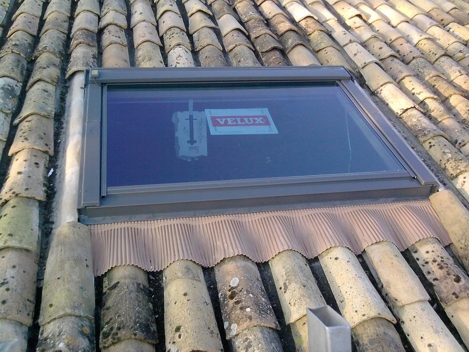 Fenêtre de toit de marque velux