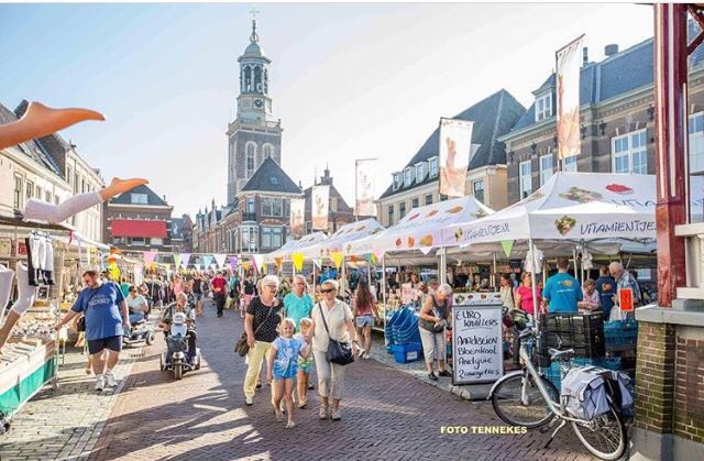 Nieuwe Markt weer vol met kramen