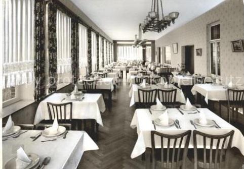 Speisesaal im Hotel , hier wurden tägl. drei Mahlzeiten serviert, um 1959