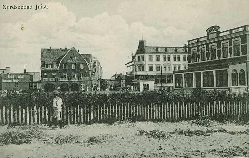 """Blick """"über"""" den """"heutigen Kurplatz"""", damals Gemüsegarten des Hotel Itzen (Bracht) , ganz links das Hotel WORCH"""