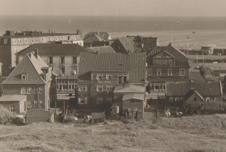 Haus WORCH von der Nordseite ( Blick vom Kurhaus aus.) ca. 1935