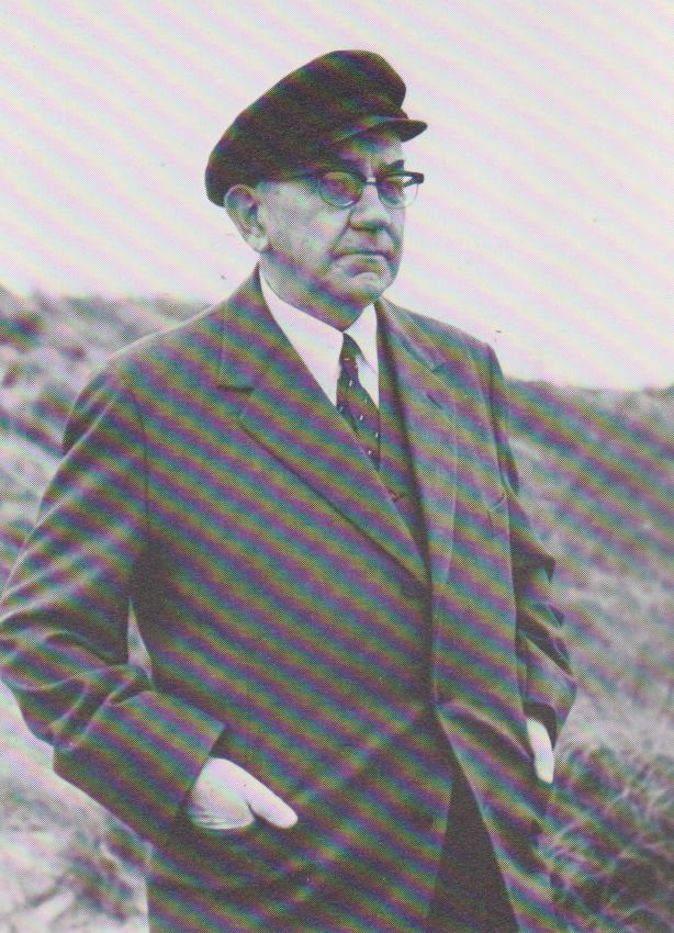 WillyTroltenier, Inselschulrektor, Organist,Autor