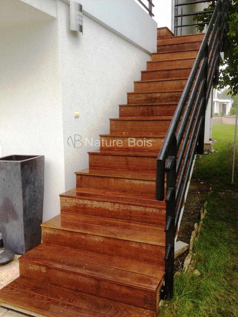 escalier menuiserie nature bois