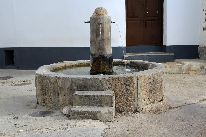 The Well of Cástaras