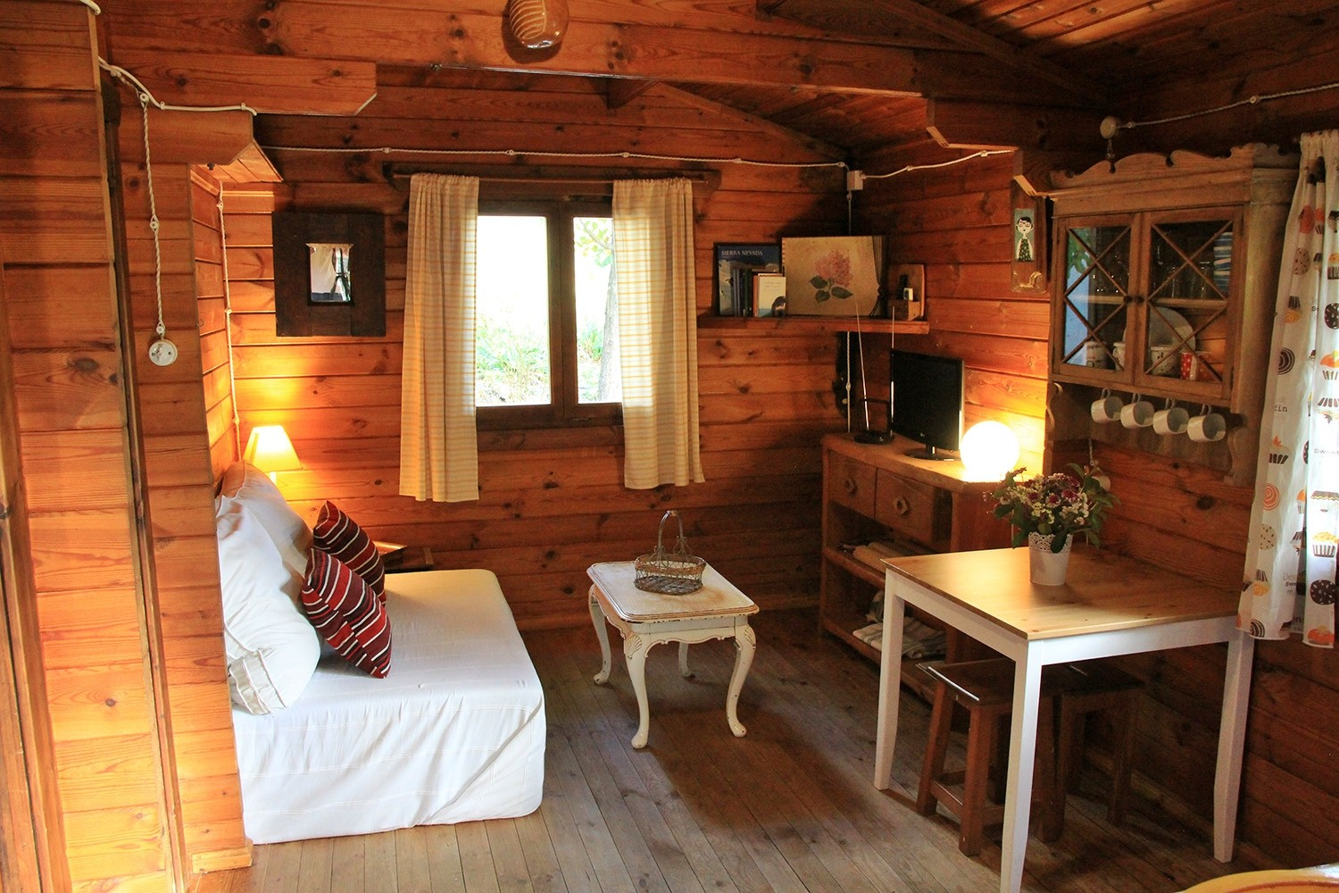 The living of Wooden Cabin 1
