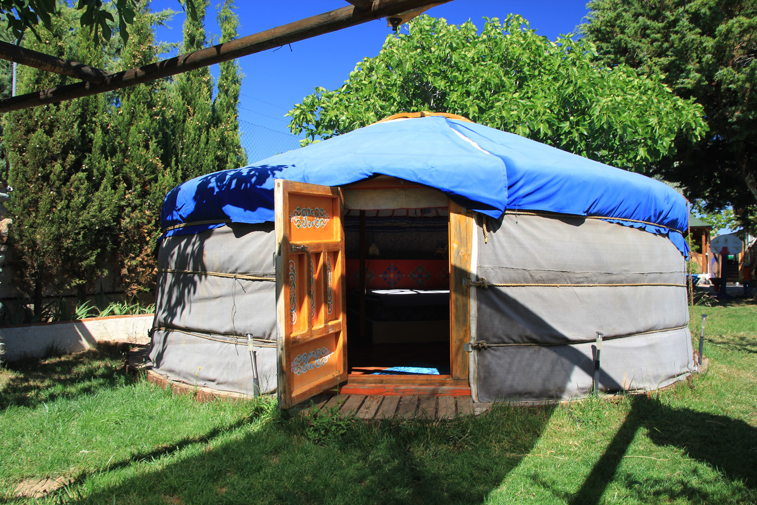 The front view of the Yurt