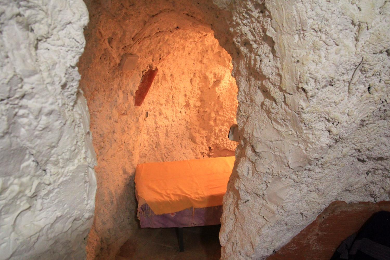 Cave bedroom 3