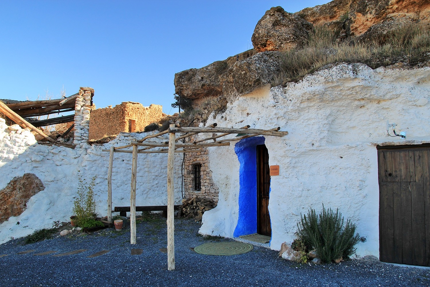 Front view of cave house 4