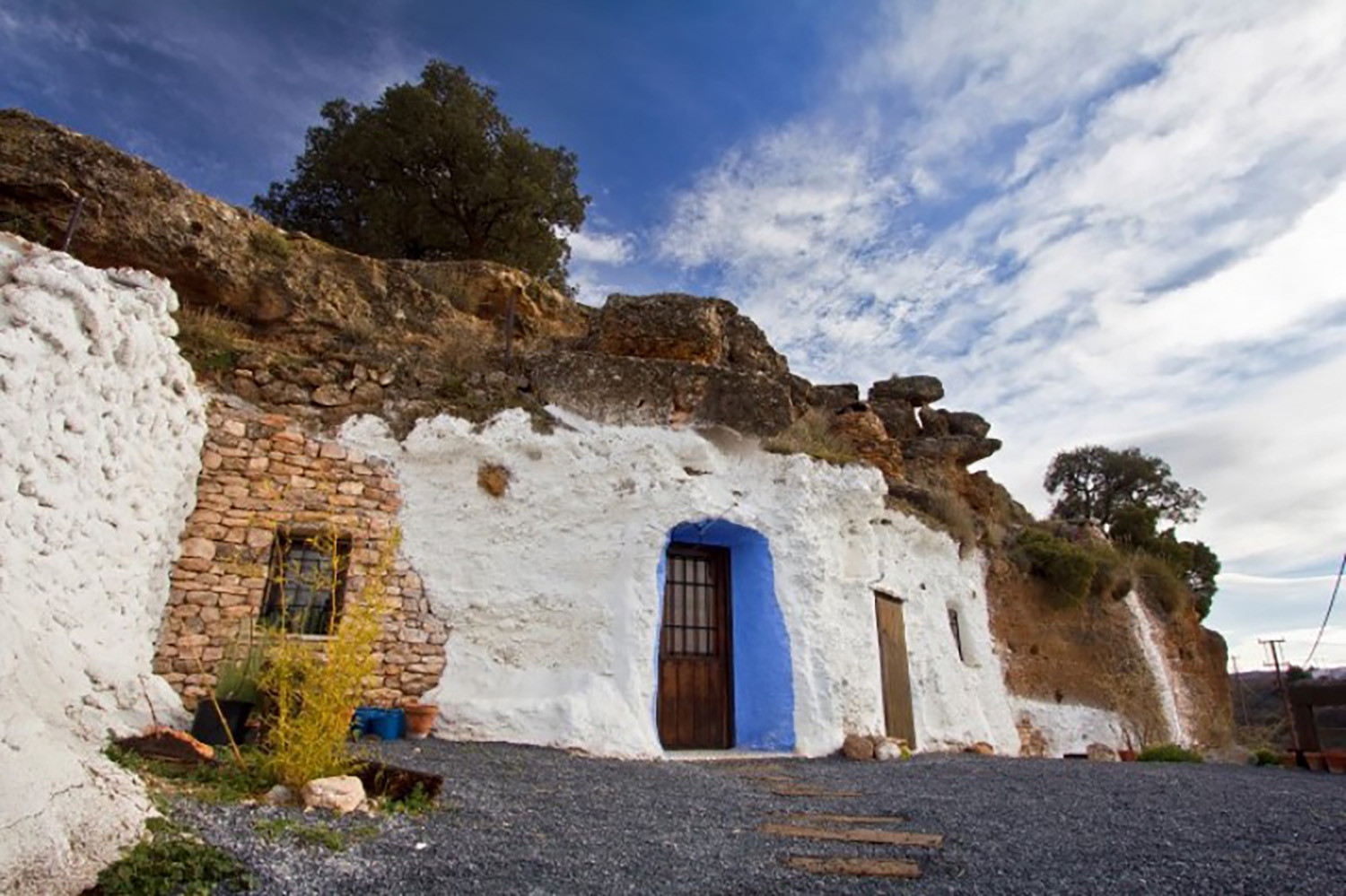 A Restored Cave House in Los Balcones