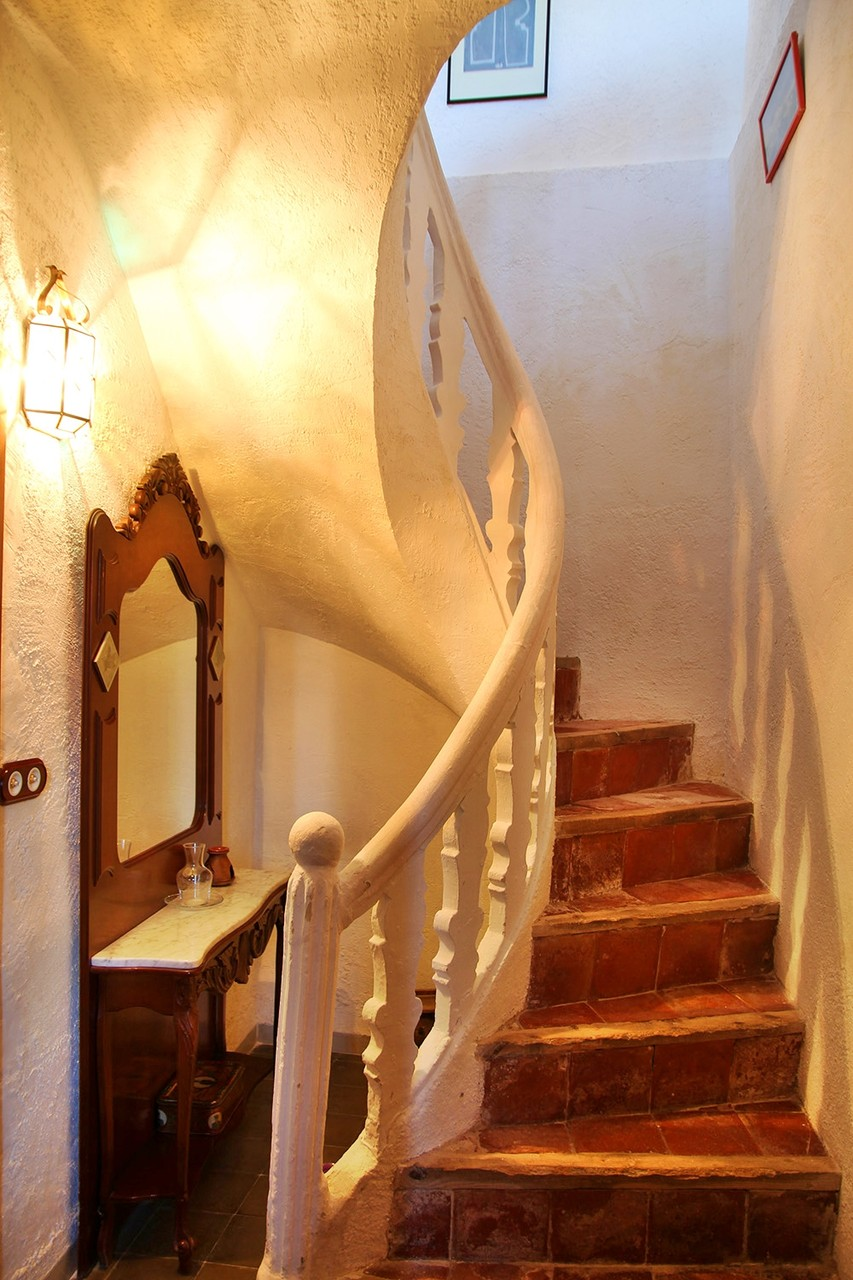 The stairs to bedroom 2