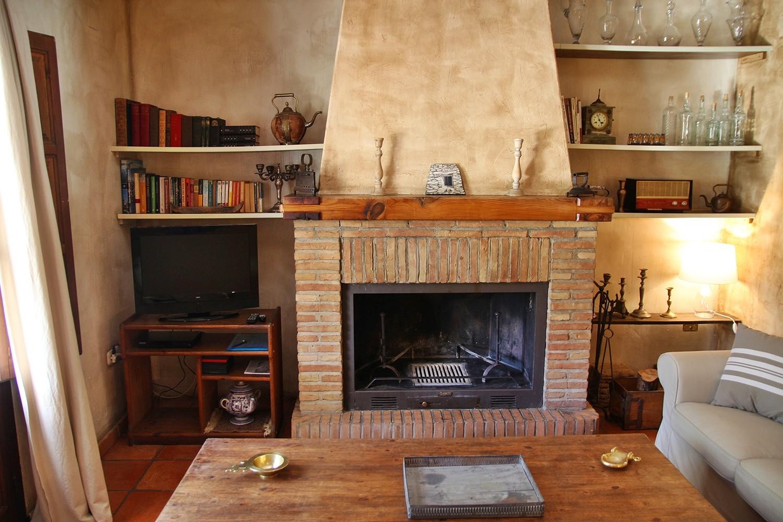 Living room (ground floor)