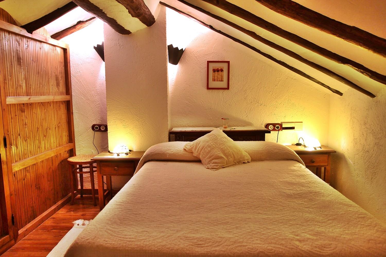 Bedroom 2 (loft)