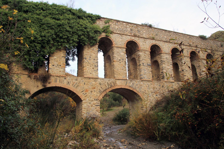 A Aqueduct in Dúdar